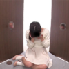 チンコを壁の穴に突っ込むだけで中で女の子が手コキして精子を抜いてくれるサービス